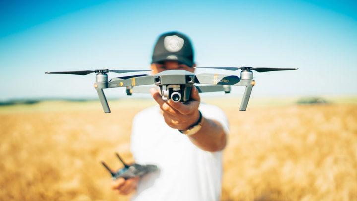 Fotograf Drohne Aufstieg